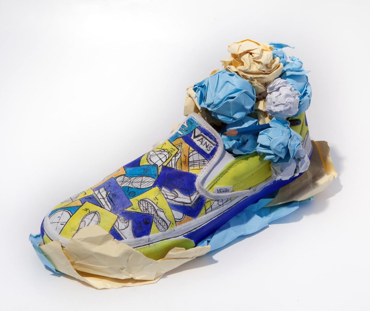 תערוכת נעליים מאוירות ומעוצבות – ואנס ו-HIT